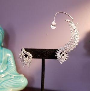 Jewelry - Asymmetric ear bone clip cuff